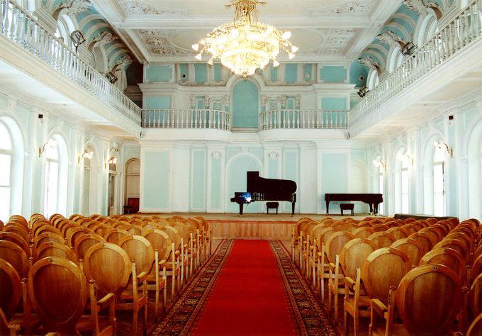 2. Рахманиновский зал